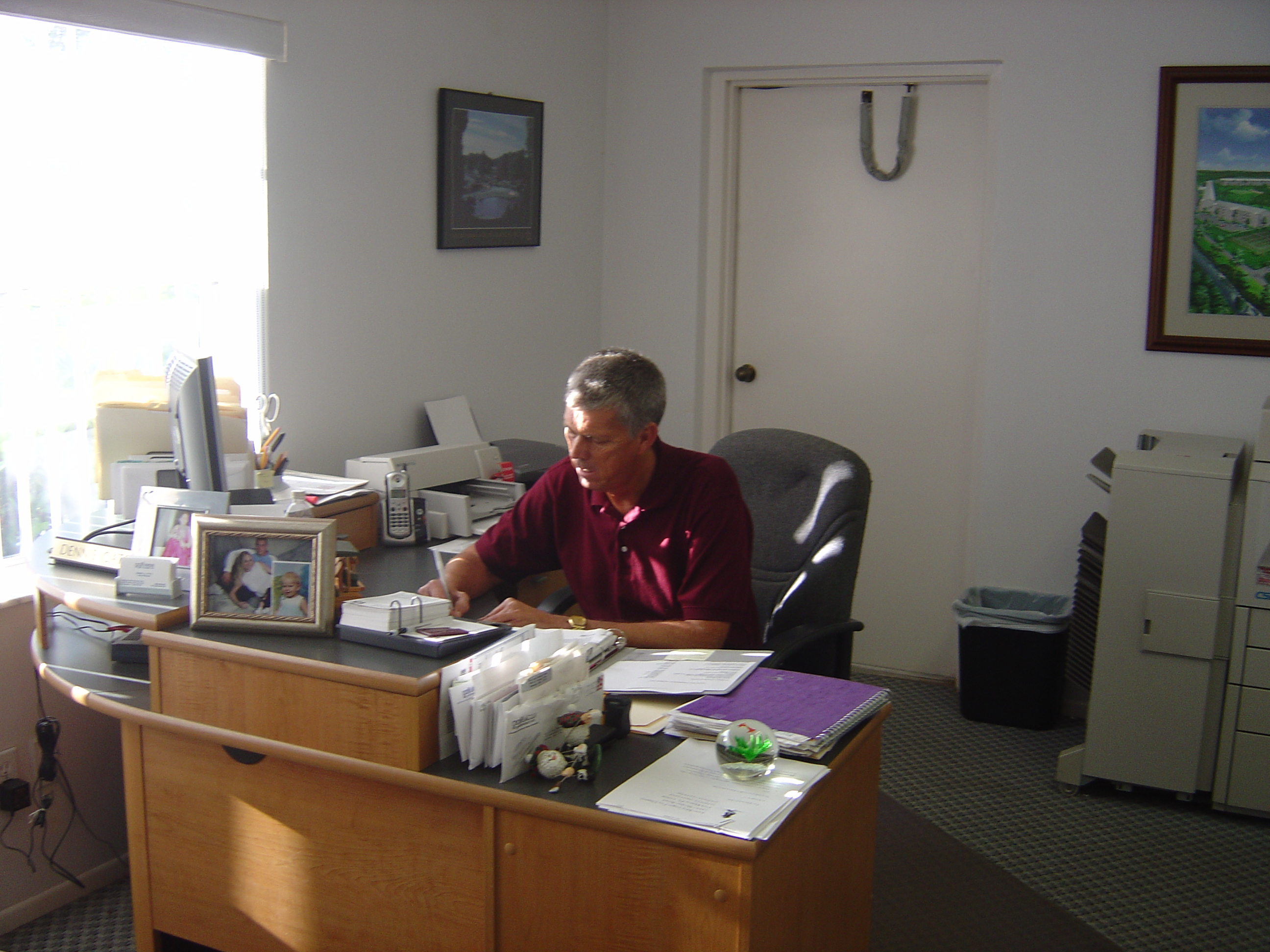 Dennis Catoe is  Golfview's on-site Manager.
